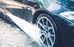 Car Wheels Pressure Washing